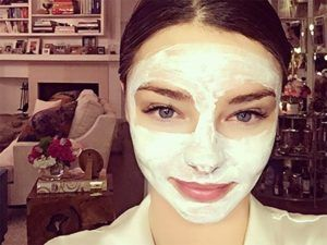 The 50p Hack To Clear Your Complexion, According To A Facialist