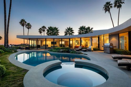 Elon Musk's Brentwood Home Is up for Sale