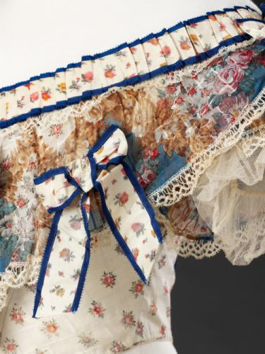 Up Close: Evening Bodice, Late 1850s