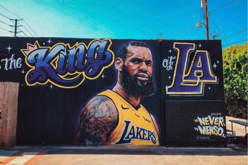 "The LeBron James ""King of LA"" Mural Is Gone"
