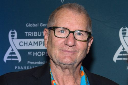 Ed O'Neill admits he's crap with computers ahead of online show