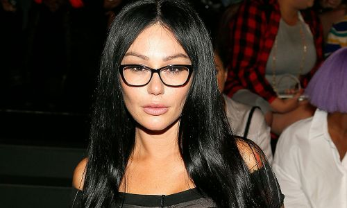 "Jenni ""JWoww"" Farley Is Selling Her New Jersey Mansion - Tanning Bed Not Included!"