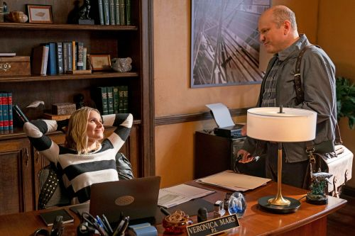'Veronica Mars' review: Series still slinging sass in superb return