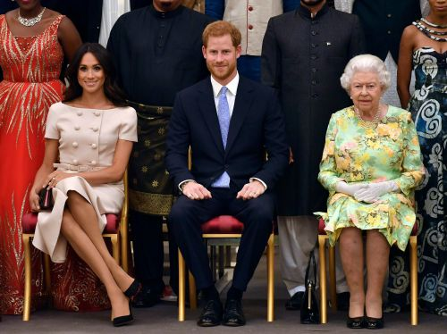 Queen Elizabeth 'Supports' Prince Harry and Duchess Meghan Stepping Down From Royal Family