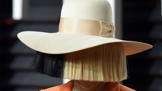 How Pro Hairstylists Make Wigs Look More Natural