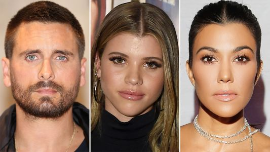 This Is Not A Drill! Kourtney Kardashian Was Spotted Eating Dinner With Scott Disick And Sofia Richie