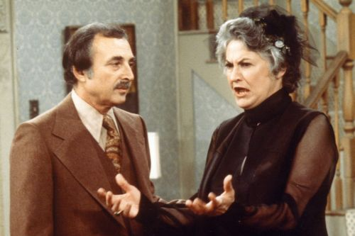 Bill Macy, Bea Arthur's 'Maude' co-star, dead at 97