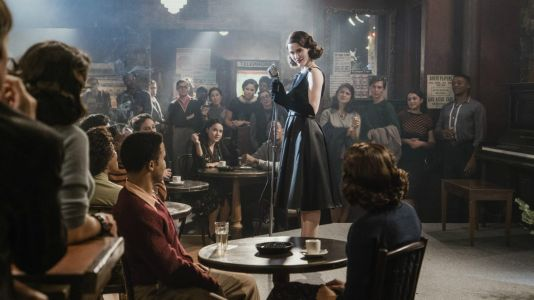 In 'The Marvelous Mrs. Maisel,' Accessories Tell Midge's Story of Reinvention