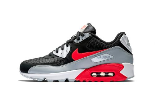"""Nike Flips the Colors on the Beloved Air Max 90 """"Infrared"""""""