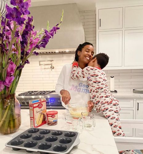 Inside Kelly Rowland's Quarantine Life With Husband Tim Weatherspoon and Son Titan