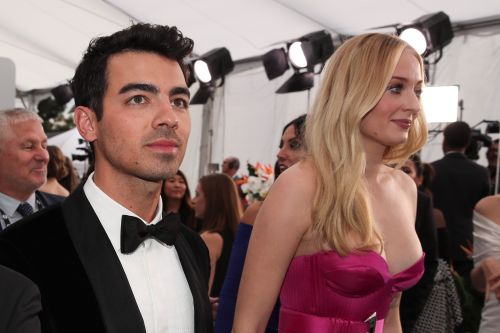 Sophie Turner and Joe Jonas Are Total CoupleGoals on the 2020 SAG Awards Red Carpet