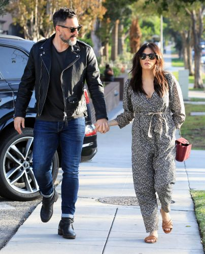 Jenna Dewan and Steve Kazee Couldn't Look More In Love While Holding Hands During an Evening Stroll