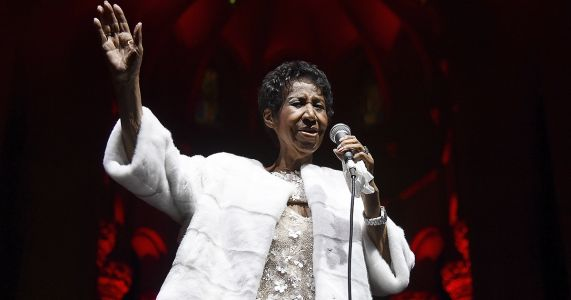 BREAKING: Aretha Franklin Reportedly Dead at Age 76