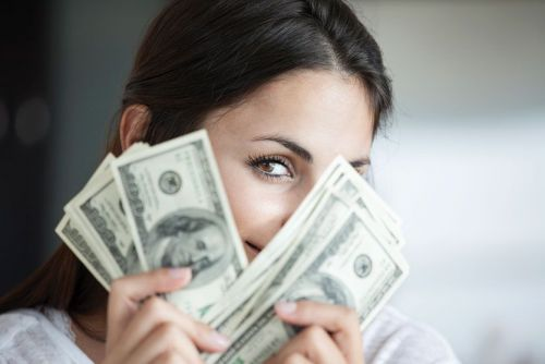 How to Incorporate Team-Based Pay Into Your Salon