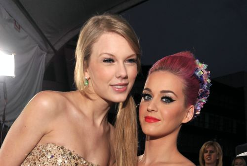 Katy Perry And Taylor Swift Officially End Feud On A Plate Of Cookies - 'Peace At Last'