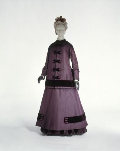 Walking Dress1864-1865The MET