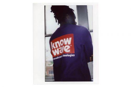 KNOW WAVE Delivers a Heavy Dose of Branding for Pre-Fall 2018 Lookbook