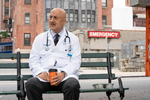 """""""New Amsterdam"""" star: 'When you're confident you can rarely be brilliant'"""