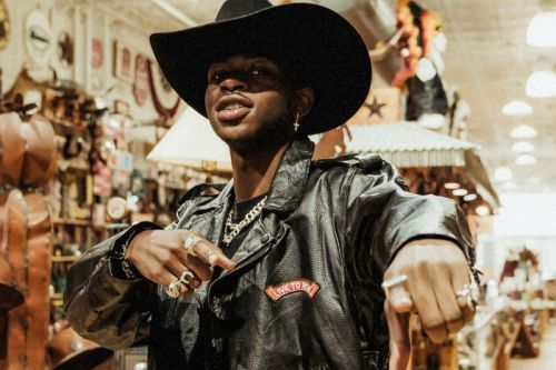 "Lil Nas X's ""Old Town Road"" Trumps Taylor Swift for Billboard Hot 100 Top Spot"