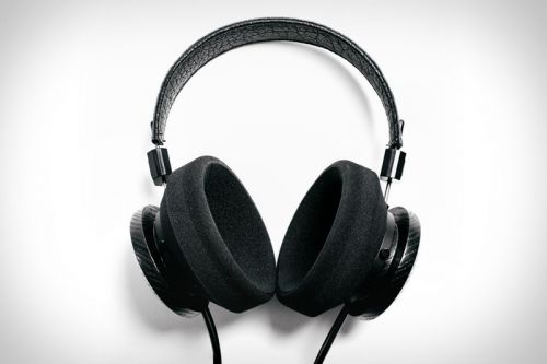 Grado Labs & Uncrate's GS2000E Headphones Are Some of This Year's Best