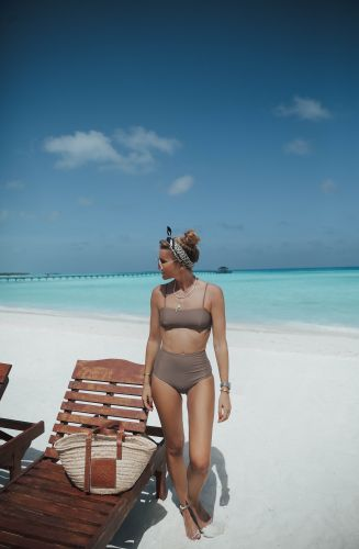IN NEUTRALS . MALDIVES