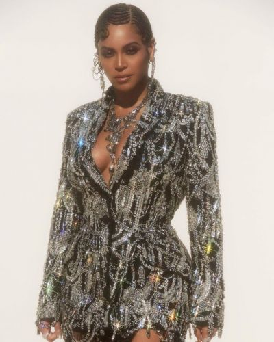 Beyoncé wears pin curl braids at Lion King premiere and we're here for it