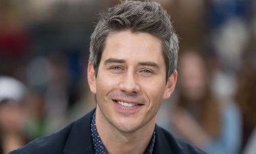 Arie Luyendyk Jr. Finally Goes Shirtless on 'The Bachelor' - but Wait, Is That a Scar?