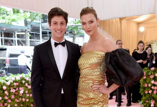 Karlie Kloss Is Pregnant, Expecting First Child With Husband Joshua Kushner
