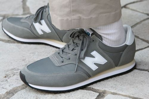 "New Balance's Latest Minimalist COMP100 Imbibes in ""Sedona Sage"""