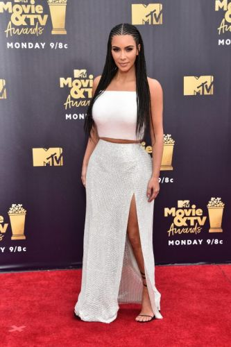 Kim Kardashian, Zendaya Up the Star Wattage at MTV Movie & TV Awards 2018 Red Carpet