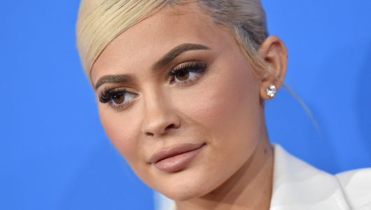 Check Out Her New 'Do! Kylie Jenner Debuts Short, Silver Hair Before Thanksgiving