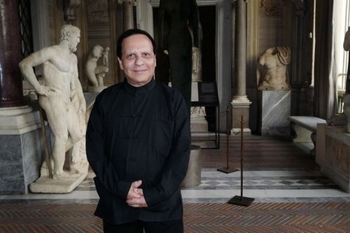 Azzedine Alaïa London Retrospective Announced for 2018