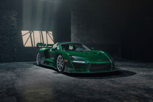 America's First McLaren Senna Boasts a Custom Green Carbon Fiber Body