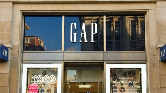 Gap CEO Art Peck Is Stepping Down