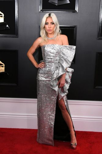 Grammys red carpet: pantsuits, sex appeal and lots of skin