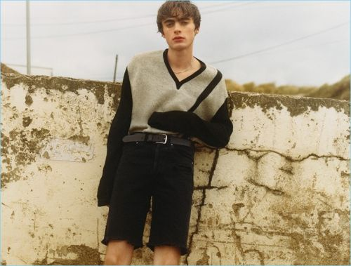 Lennon Gallagher Rocks Casual Style for AGOLDE