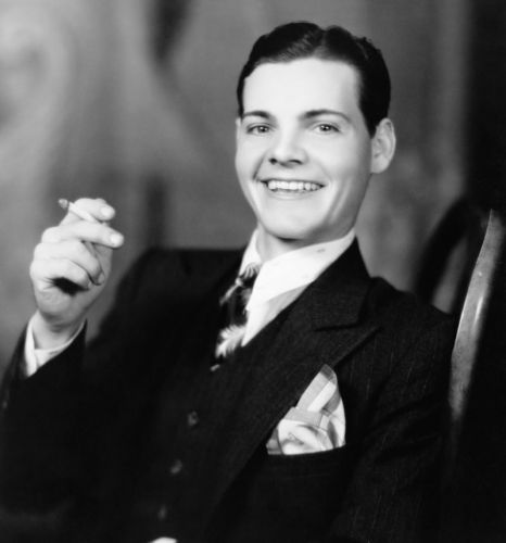 1920s Hairstyles for Men: Parted & Slicked