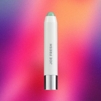 True Reviews: Our Editors Try the Newest Drugstore Beauty Prods