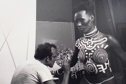 Javier Porto's Photos of Keith Haring Painting Grace Jones Spotlighted in NYC Exhibition