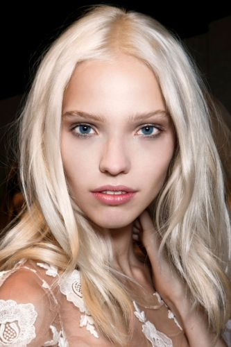 From Balayage to Bleach & Tone, Here's How to Get The Blonde Hue You Asked For at The Salon