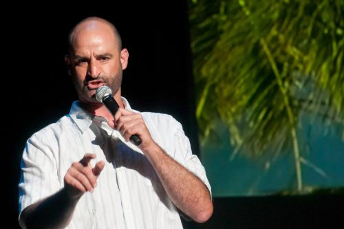 Comic Brody Stevens dead of apparent suicide by hanging