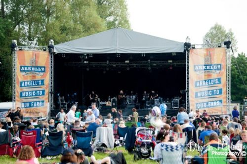 WIN TICKETS TO LECHLADE FESTIVAL