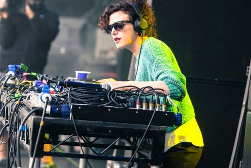 Annie Mac to Leave BBC Radio 1 After 17 Years