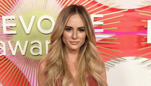 Former 'Bachelor' Contestant Amanda Stanton Sobs Over Hacker Stealing Her Topless Photos