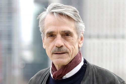 T.S. Eliot devotee Jeremy Irons doesn't hate 'Cats'