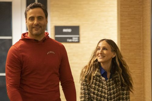 Sarah Jessica Parker and Dominic Fumusa reunite 19 years after 'Sex and the City'