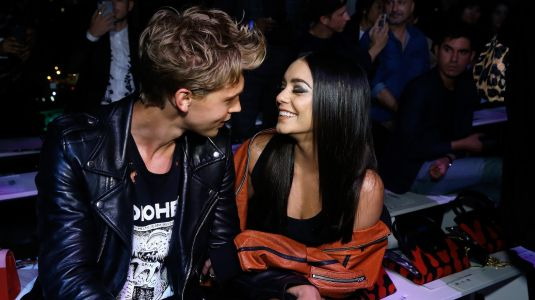 Slay, Girl! Vanessa Hudgens Looks Seriously Boho Chic At The Airport With BF Austin Butler