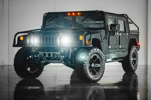 Mil-Spec's $300,000 USD Hummer H1 Is the Ultimate Heavy-Duty Off-Roader