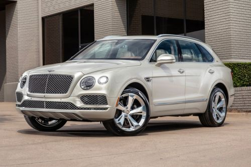 Bentley Links up With Stetson For a Texas-Inspired Special Edition Bentayga