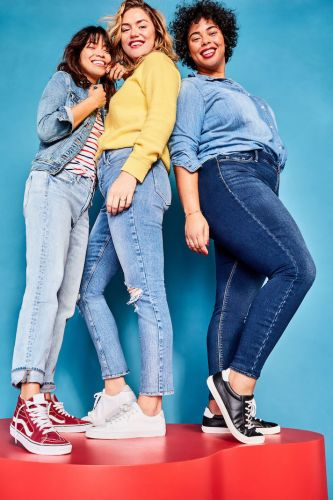 The Old Navy President's Day Sale Is Here to Up Your Denim Game-Without Breaking the Bank